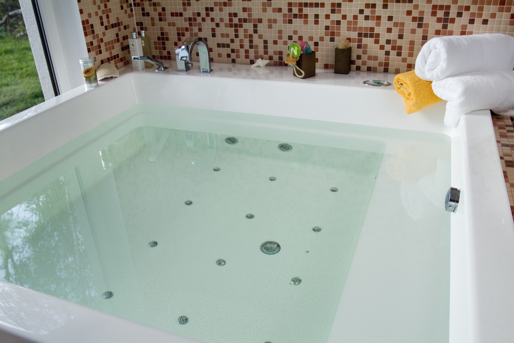 tank less water heater bathtub in Cincinnati